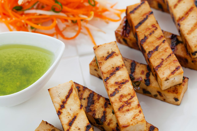 vegetarian barbecue: grilled tofu